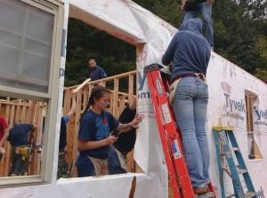 Building houseCMR2013